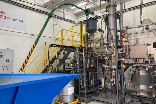 V Unipetrolu vzniká technologie na další zpracování plastů