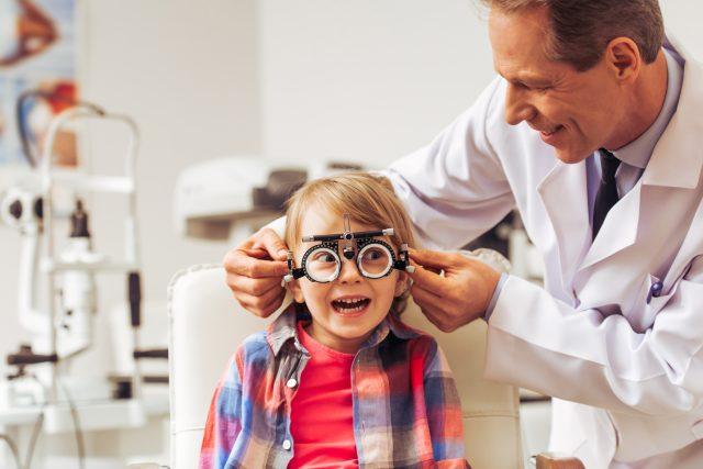 Měření zraku  (ilustr. obr.) | foto: Shutterstock