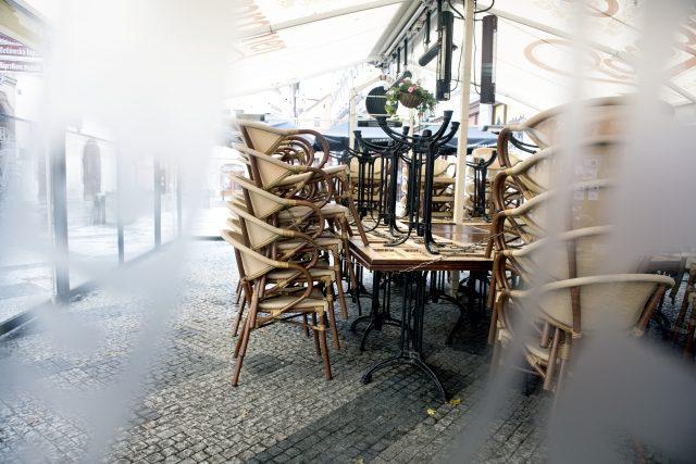 Zavřená restaurace | foto: Michaela Danelová,  iROZHLAS.cz
